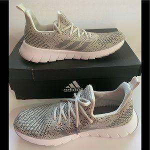 Adidas Asweego  Athletic Shoes